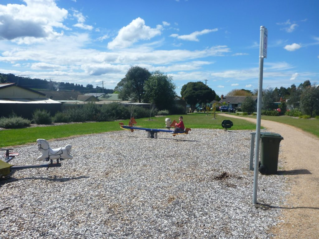 low road park, Yallourn North, Spring day,
